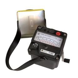 C.A 6501 Megaoh. analog. 500 Vdc, magnete mobile,kit,valigetta