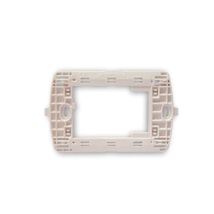 Supporto adattatore per placca Bticino LIGHT, LIVING LIGHT, bianco
