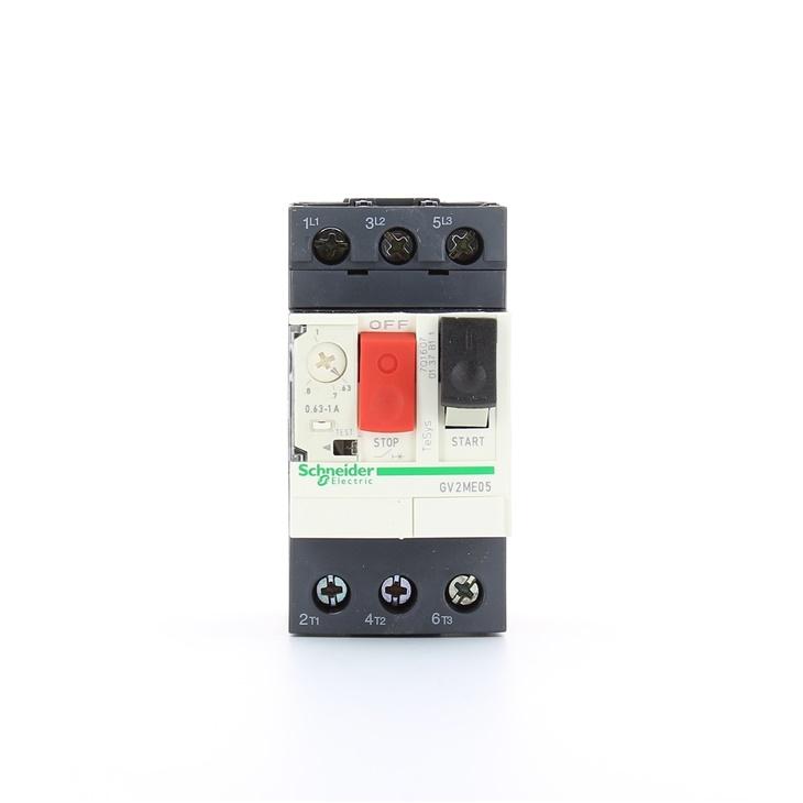 Interruttore protezione motori 3P Schneider Electric GV2ME05 serie GV2M, 0,63 → 1 A, 690 V