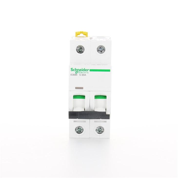 Interruttore modulare magnetotermico iC60N 2P C 20A 6000A