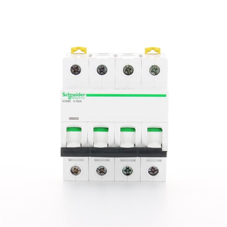 Interruttore modulare magnetotermico iC60N 4P C 63A 6000A