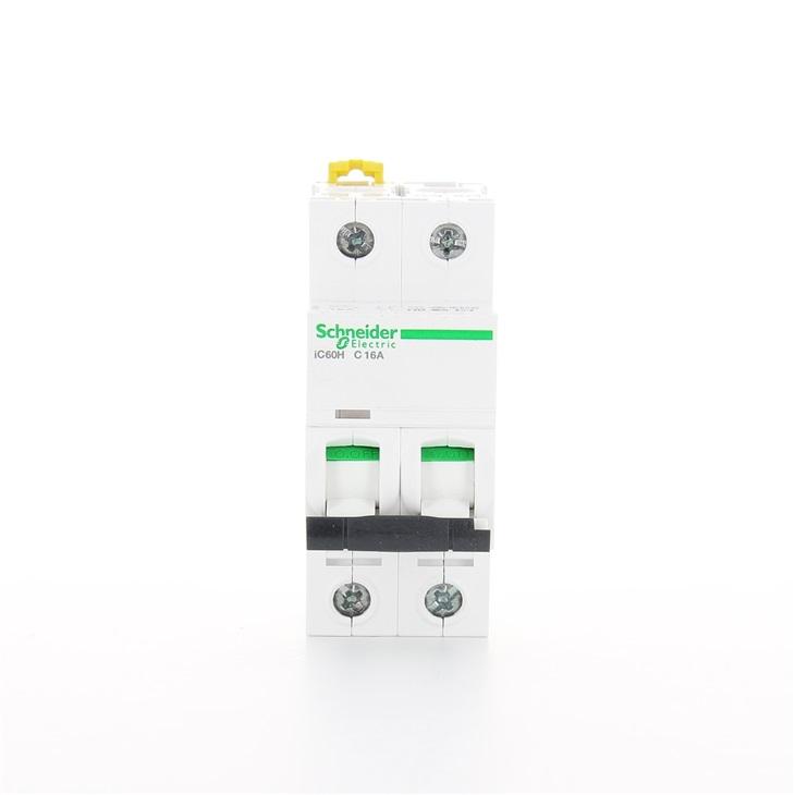 Interruttore modulare magnetotermico iC60H 2P C 16A 10000A