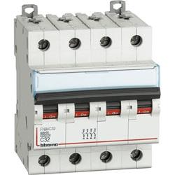 BTDIN60 -  Interruttore magnetotermico 4P curva C - In= 32A 4 moduli