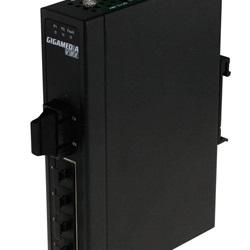 Switch 5 porte RJ45 10/100 + 1 x 100 FX SC